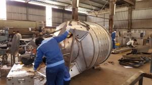 Gia công bồn nước công nghiệp cỡ lớn